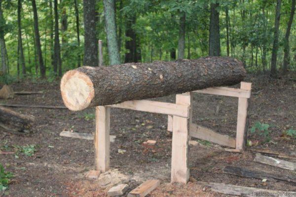Building a barn | www.flipflopbarnyard.com